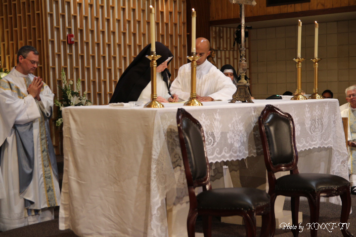 05 Signing of the Religious Profession - Sr. Mary Magdalene