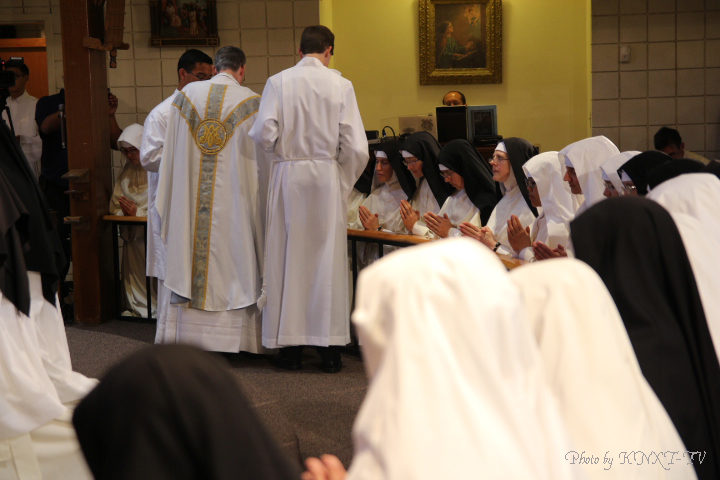 24 Holy Communion